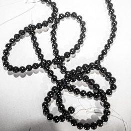 perle tourmaline noire