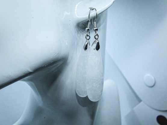 paire de boucles d'oreilles en cristal de roche