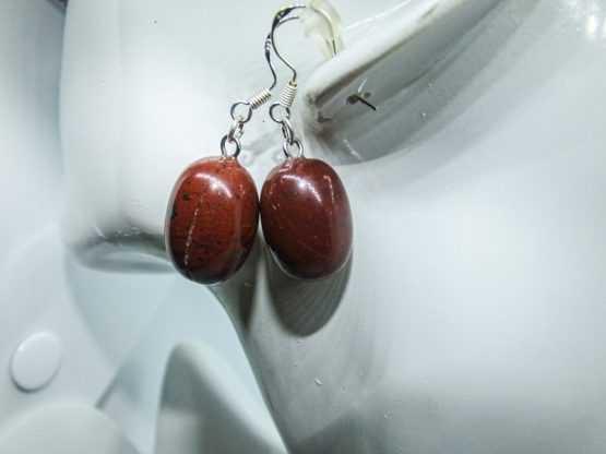 boucle d oreille jaspe rouge
