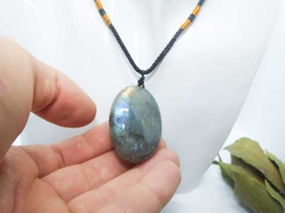 pierre labradorite pendentif