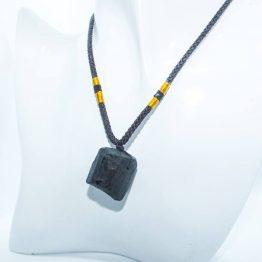 tourmaline noire pendentif