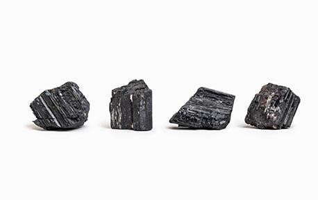 Tourmaline noire brut