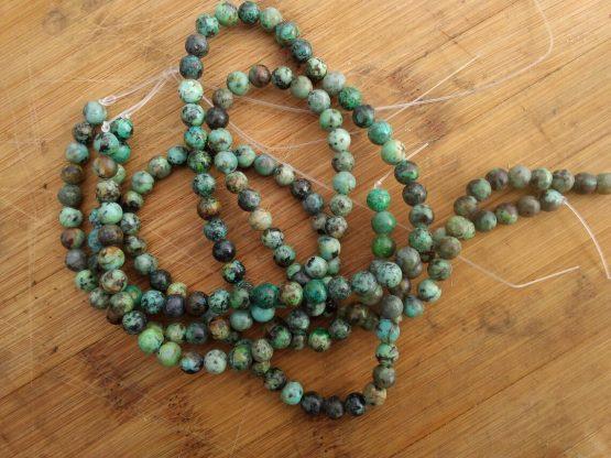 turquoise d'afrique 6mm perles